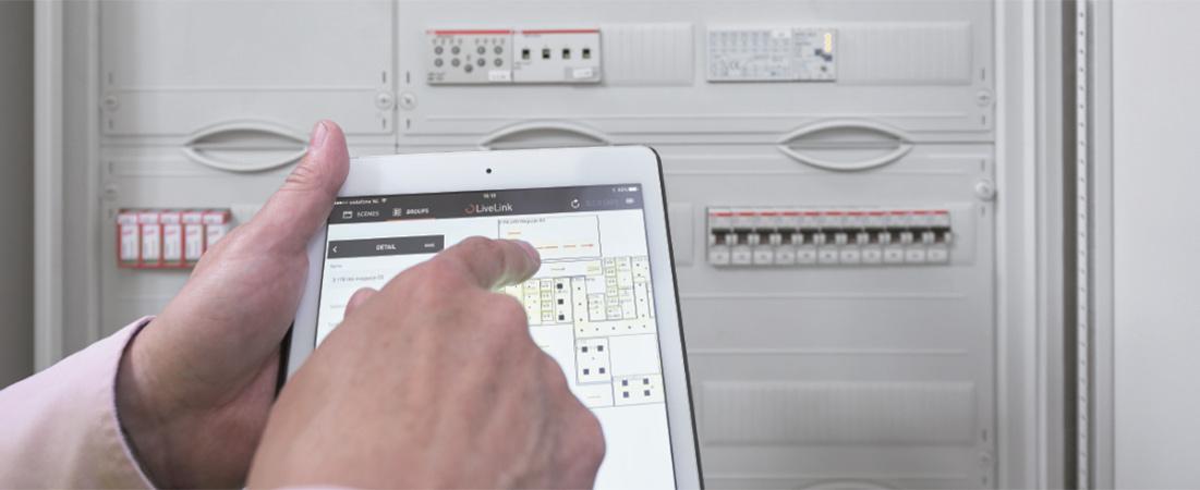 Steuerung und Überwachung der Beleuchtung - E-Line Next LED